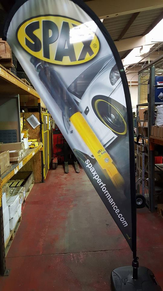 spax performance teardrop flag